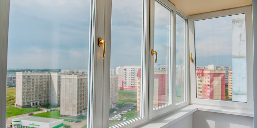 Балконная рама с элитной фурнитурой