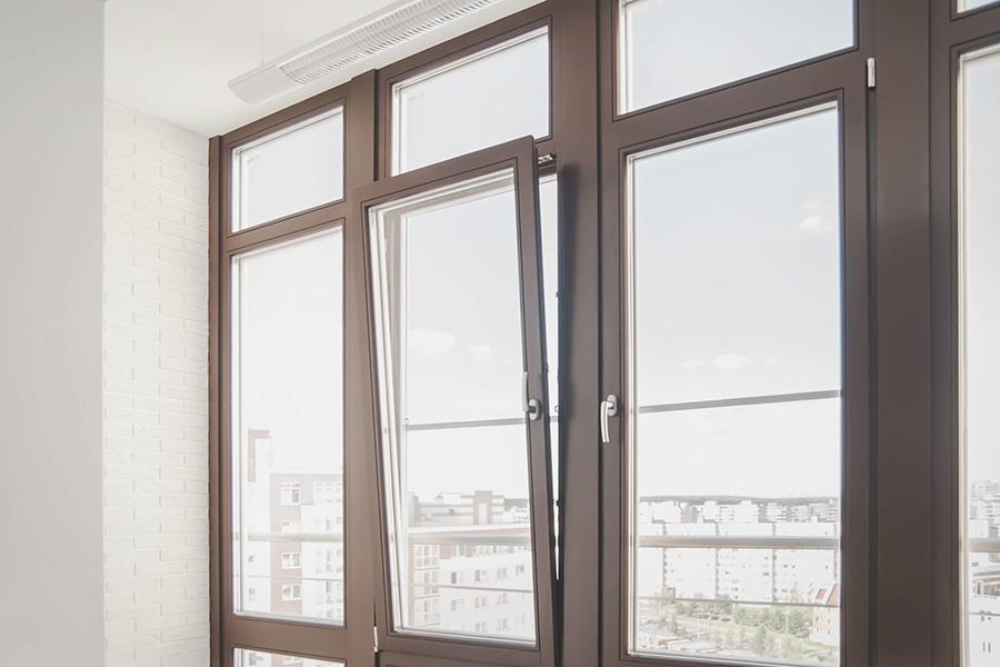 Алюминиевое окно с покраской